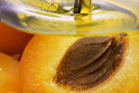 Замечательные свойства абрикосового масла