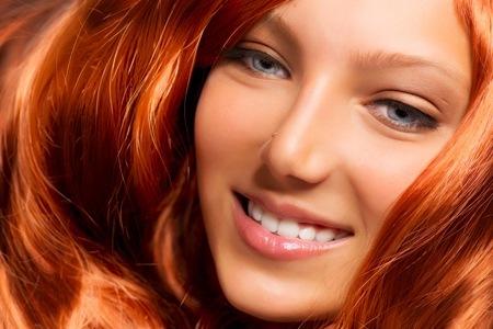 Себорея волосистой части головы: симптомы и лечение