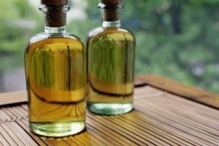 Масла для сухих волос: скорая помощь от природы