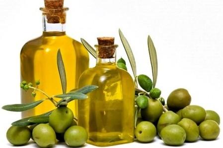 Оливковое масло: жидкое золото для здоровья и красоты кудрей