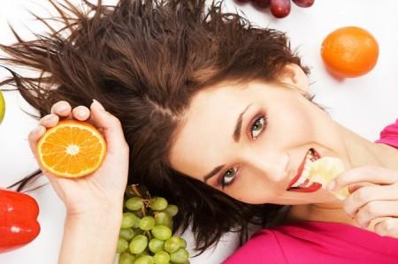 Быть или не быть красивым волосам: медики рекомендуют использовать витамины
