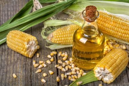 Как применять кукурузное масло для восстановления здоровья волос