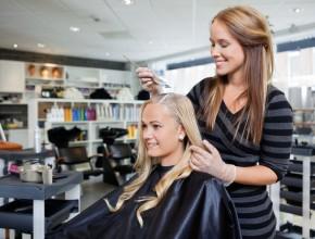 Почему лучше окрашивать волосы у мастера